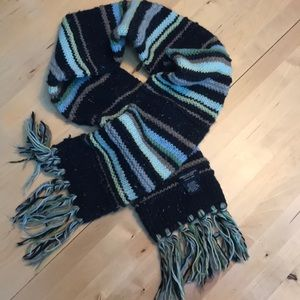 American Eagle hand knit wool scarf